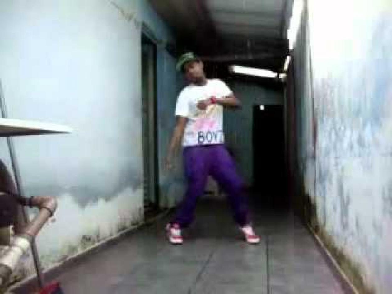 how to do the dougie dance video size60.1KB