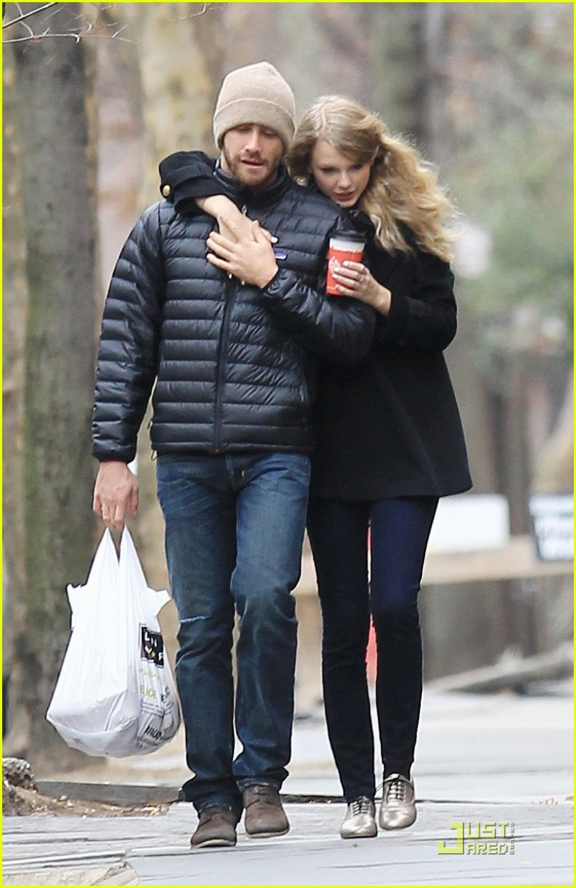 jake gyllenhaal and taylor swift images size162.1KB