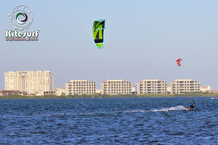 kitesurfing lessons in cancun size59.3KB